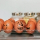 eieren aarop gezichten zijn getekend met verschillende emoties