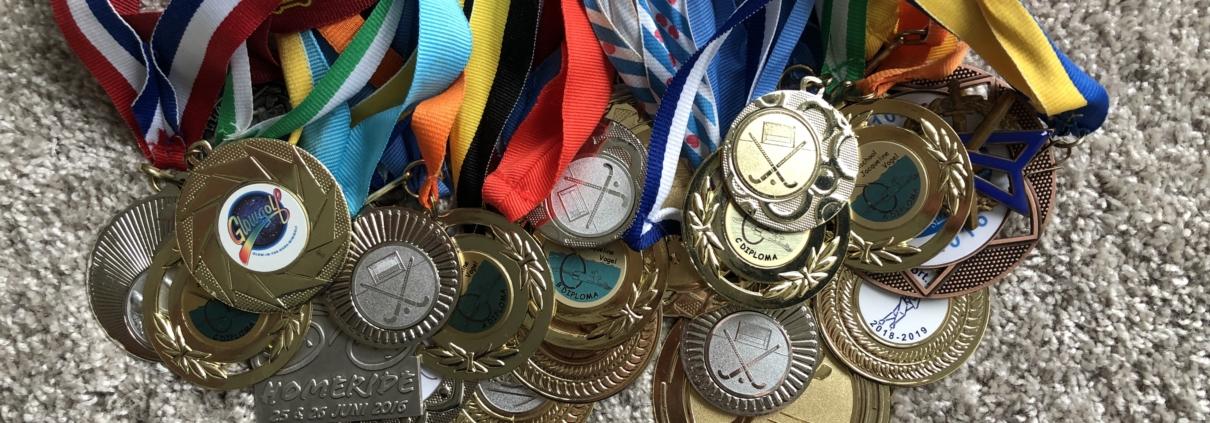 heleboel medailles bij elkaar